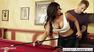 Busty black-haired Alexa Pierce gets vagina fucked