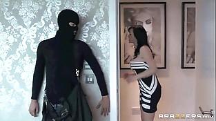 Jasmine James Fuck With a Thief