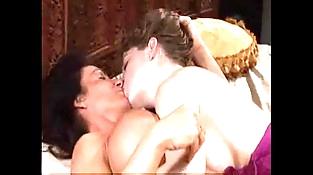 mature woman a youthfull woman trains the art of lesbian sex