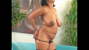 Mature Big Ass-Frenchie