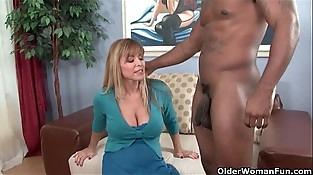 Buxomy milf Nicole Moore gets cum coated