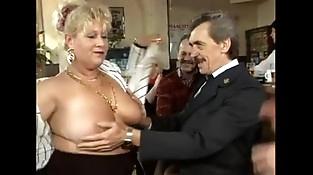 Vlaamse oma'_s en opa'_s in orgie 2 (Belgian grannies en grampas in orgy 2)