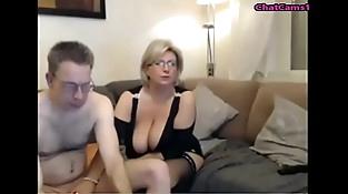 mature cam demonstrate