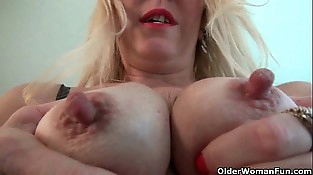 Nyloned milfs Raquel and Shelby need their pleasure button rubbed