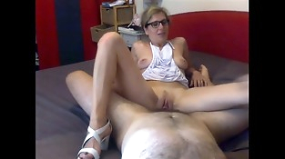 Amateur mom is a hot whore
