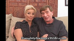 Horny Older Couple Likes To Wag