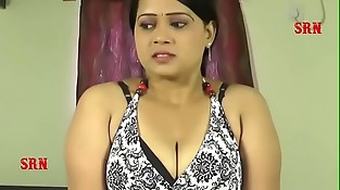 Mallu desi aunty kissing foreplay hook-up with tweak